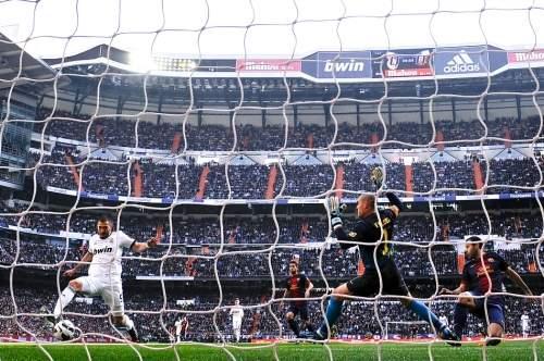 """Реал"" победил ""Барселону"" в Мадриде"