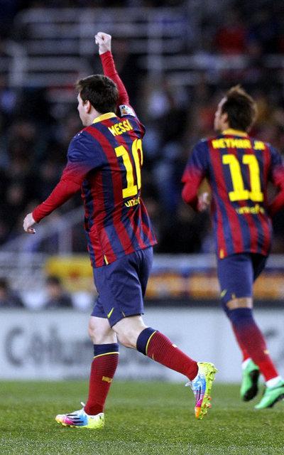 http://img02.mundodeportivo.com/2014/02/22/Real-Sociedad-FCBarcelona-Foto_54402470162_54115221157_400_640.jpg