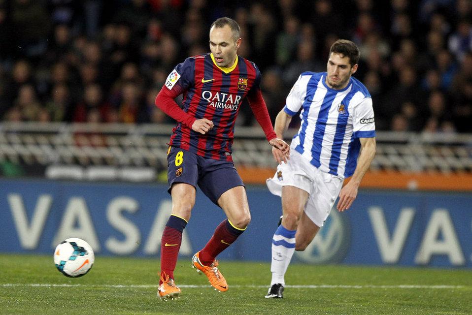 http://img02.mundodeportivo.com/2014/02/22/Real-Sociedad-FCBarcelona-Foto_54402469476_54115221152_960_640.jpg