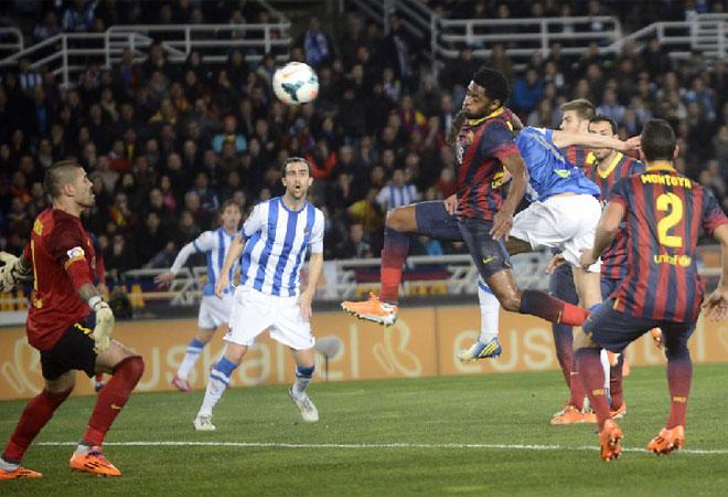 El Barça volvió a encajar un gol en un saque de esquina. Los problemas por arriba no se han solucionado.