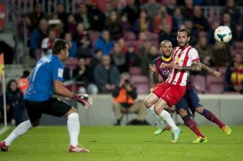 http://img02.mundodeportivo.com/2014/03/02/Partido-de-Liga-FCB-Almeria-Fo_54401935589_54115221152_960_640.jpg
