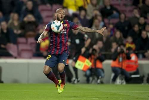 http://img02.mundodeportivo.com/2014/03/02/Partido-de-Liga-FCB-Almeria-Fo_54401935604_54115221152_960_640.jpg