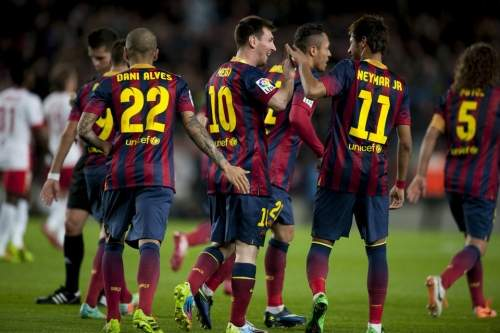 http://img02.mundodeportivo.com/2014/03/02/Partido-de-Liga-FCB-Almeria-Fo_54401935614_54115221152_960_640.jpg