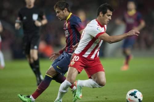http://img02.mundodeportivo.com/2014/03/02/Partido-de-Liga-FCB-Almeria-Fo_54401934717_54115221152_960_640.jpg