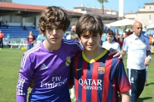 Пабло Морено с вратарем Реала