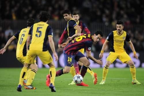 http://img02.mundodeportivo.com/2014/04/01/Barcelona-s-Sergio-Busquets-ce_54404629878_54115221152_960_640.jpg