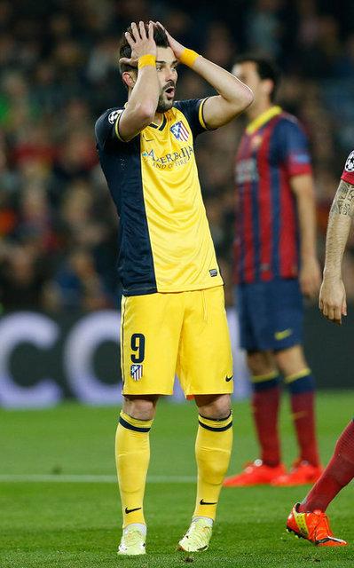 http://img02.mundodeportivo.com/2014/04/01/Atletico-s-David-Villa-left-re_54404630311_54115221157_400_640.jpg