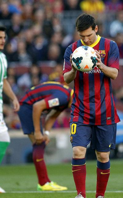 http://img02.mundodeportivo.com/2014/04/05/FC-Barcelona-Real-Betis-Foto-P_54405494575_54115221157_400_640.jpg