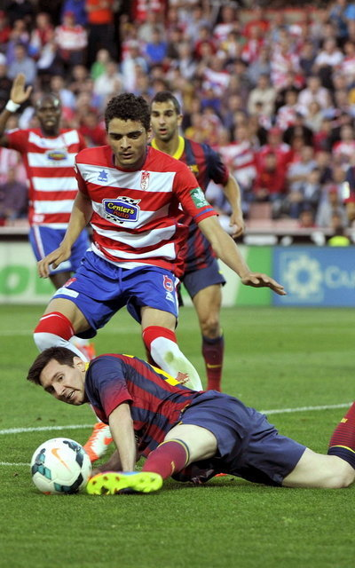 http://img02.mundodeportivo.com/2014/04/12/GRA248-GRANADA-12-04-2014-El-d_54405761168_54115221157_400_640.jpg