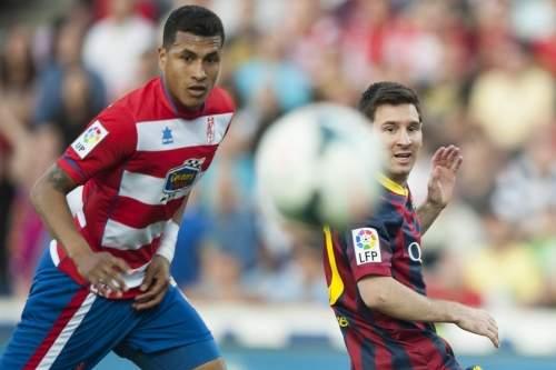 http://img02.mundodeportivo.com/2014/04/12/Barcelona-s-Lionel-Messi-from-_54404968202_54115221152_960_640.jpg