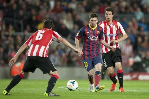 http://img02.mundodeportivo.com/2014/04/20/Partido-de-liga-BBVA-FC-Barcel_54405161298_54115221152_960_640.jpg