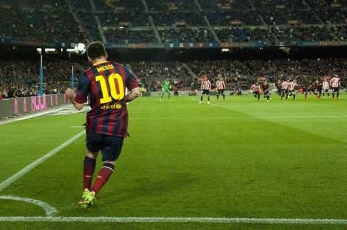 http://img02.mundodeportivo.com/2014/04/20/Partido-de-liga-BBVA-FC-Barcel_54405162277_54115221152_960_640.jpg