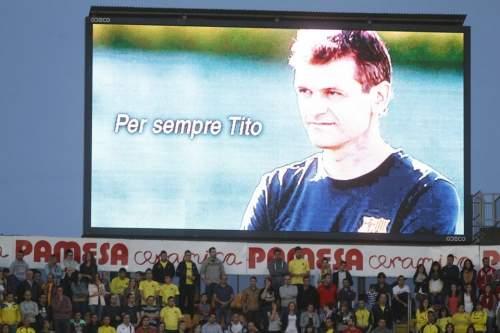 http://img02.mundodeportivo.com/2014/04/27/Villarreal-FC-Barcelona-Foto-P_54407309648_54115221152_960_640.jpg