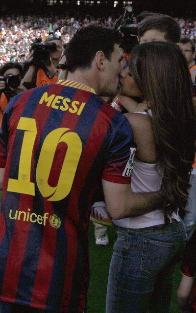 http://img02.mundodeportivo.com/2014/05/03/GRA182-BARCELONA-03-05-2014-El_54406563024_54115221157_400_640.jpg