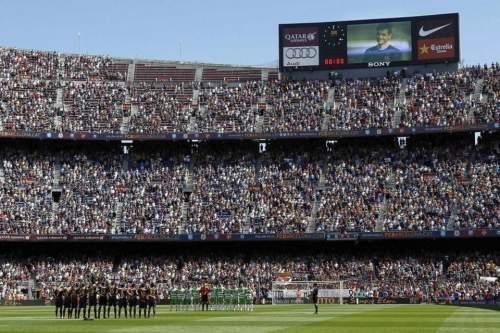 http://img02.mundodeportivo.com/2014/05/03/GRA180-BARCELONA-03-05-2014-Un_54406563029_54115221152_960_640.jpg
