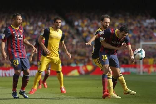 http://img02.mundodeportivo.com/2014/05/17/Barcelona-s-Sergio-Busquets-ri_54407019646_54115221152_960_640.jpg