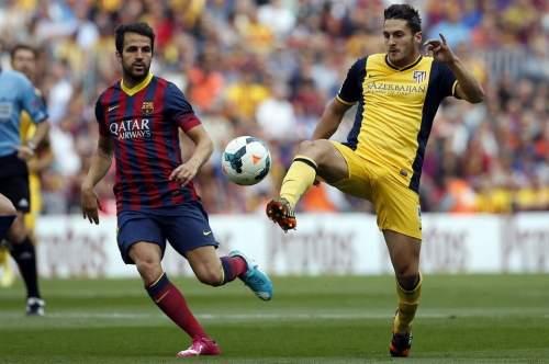 http://img02.mundodeportivo.com/2014/05/17/Barcelona-s-Andres-Iniesta-lef_54407019134_54115221152_960_640.jpg