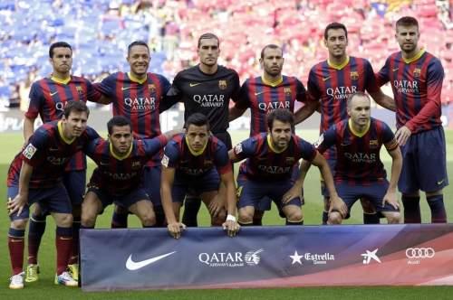 http://img02.mundodeportivo.com/2014/05/17/Barcelona-teammates-pose-for-a_54407019149_54115221152_960_640.jpg