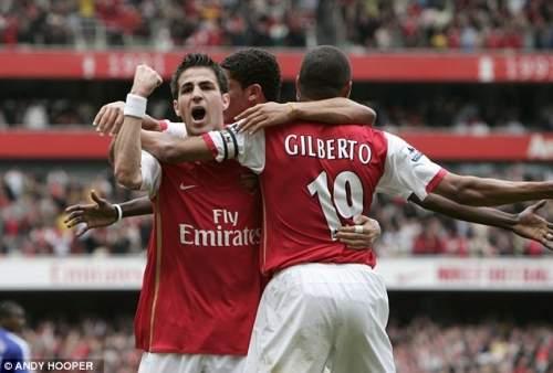 Gunner: Арсенал могло привести пункт выкупа за Фабрегаса, но решил этого не делать