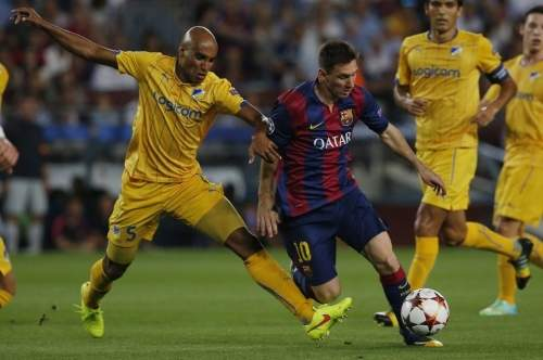 http://img02.mundodeportivo.com/2014/09/17/Barcelona-s-Lionel-Messi-left-_54415140228_54115221152_960_640.jpg