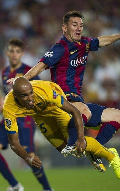 http://img02.mundodeportivo.com/2014/09/17/Champions-FC-Barcelona-Apoel-f_54415142288_54115221157_400_640.jpg
