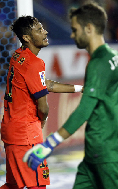 http://img02.mundodeportivo.com/2014/09/21/Barcelona-s-Neymar-from-Brazil_54415280551_54115221157_400_640.jpg