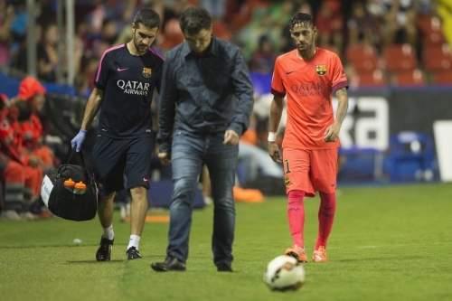 http://img02.mundodeportivo.com/2014/09/21/Partido-Levante-FCB-Jornada-4-_54415281576_54115221152_960_640.jpg