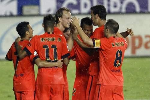 http://img02.mundodeportivo.com/2014/09/21/Barcelona-s-Ivan-Rakitic-cente_54416200265_54115221152_960_640.jpg
