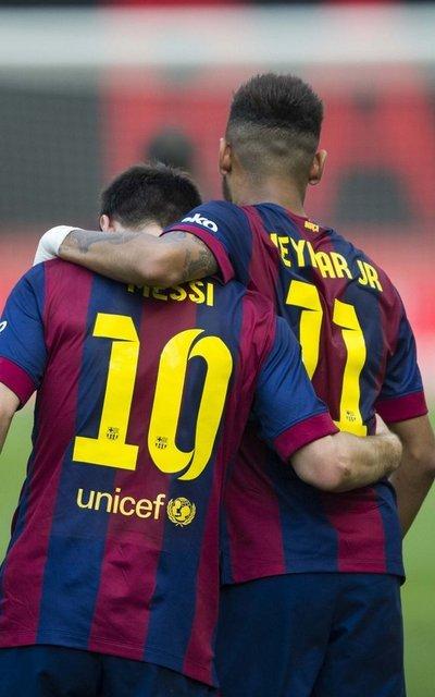 http://img02.mundodeportivo.com/2014/10/04/Lliga-Rayo-Vallecano-FC-Barcel_54416629977_54115221157_400_640.jpg