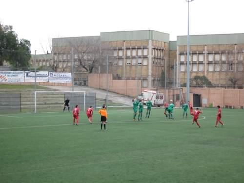 http://www.fcsantboia.cat/wp-content/uploads/2012/02/UE-CORNELLA-FC-SANTBOIA-1.jpg