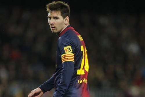 http://img02.mundodeportivo.com/2013/11/15/Messi-con-el-brazalete-de-capi_54393484281_54115221152_960_640.jpg