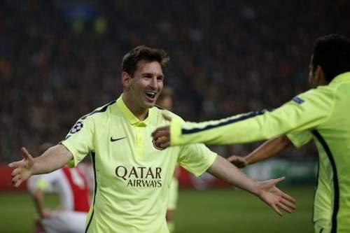 http://img02.mundodeportivo.com/2014/11/05/Barcelona-s-Lionel-Messi-celeb_54418607823_54115221152_960_640.jpg
