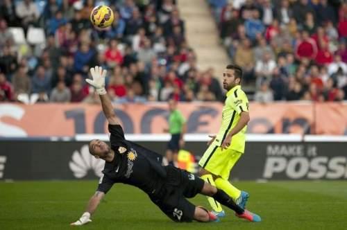 http://img02.mundodeportivo.com/2014/11/08/Barcelona-s-defender-Jordi-Alb_54419075668_54115221152_960_640.jpg