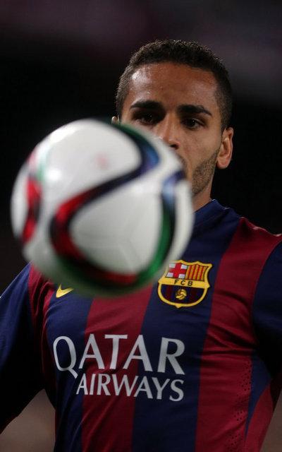http://img02.mundodeportivo.com/2014/12/16/FC-Barcelona-Huesca-Foto-PEP-M_54421517526_54115221157_400_640.jpg