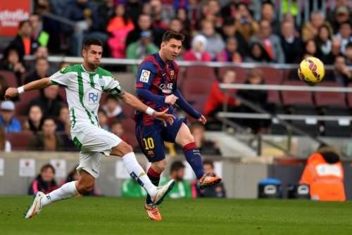 http://img02.mundodeportivo.com/2014/12/20/Partido-FC-Barcelona-Cordoba-F_54422665952_54115221152_960_640.jpg