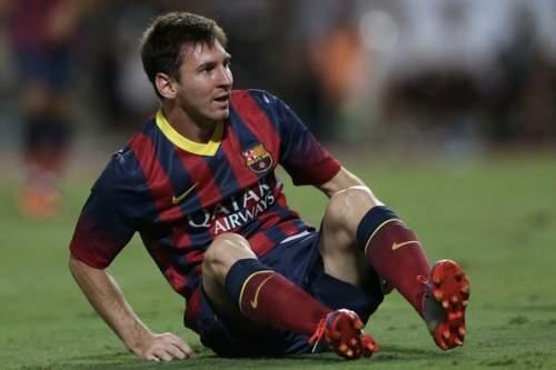 Lionel Messi - FC Barcelona v Thailand XI